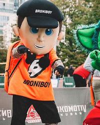 Ростовая кукла Бронибой, костюм Бронебоя